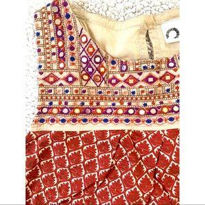 AKEMI + KIN | Anthro 100% Cotton Embroidered Top
